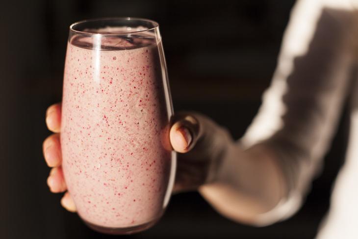 Jogurttismoothie-by_Marja_Milistver